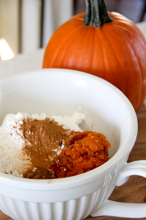 Pumpkin Spice Cheesecake Dip