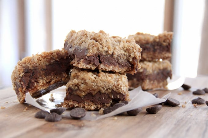 Caramel Bar with Oatmeal and Chocolate