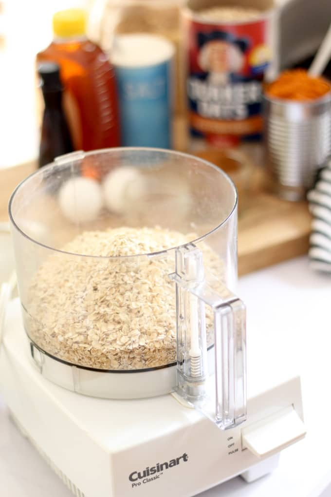 How to Make Oatmeal Flour